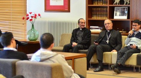 Tertulia con Monseñor Hugo Barbaro